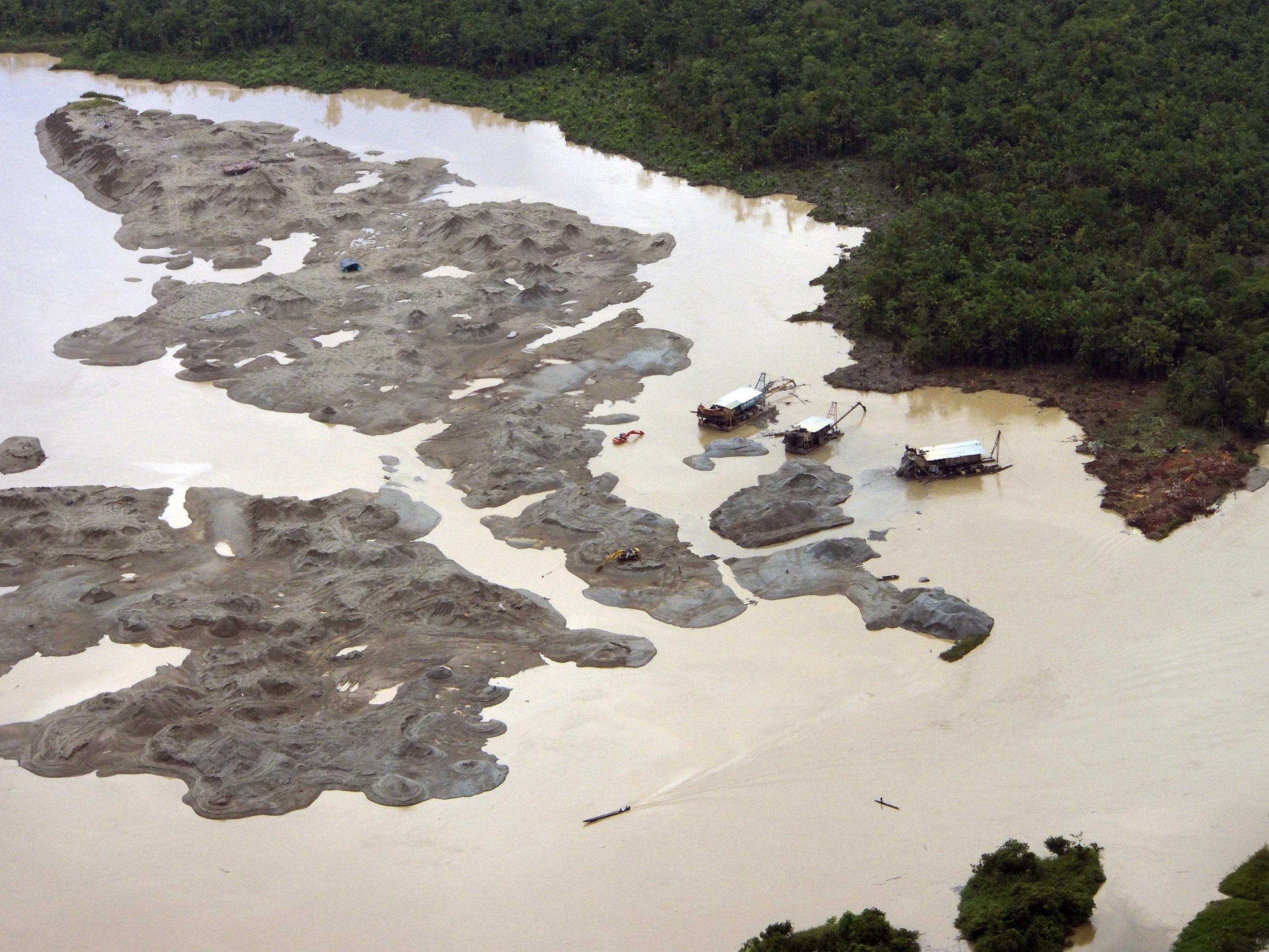 Empiezan a darse pasos para salvar al río Atrato - ElTiempo.com