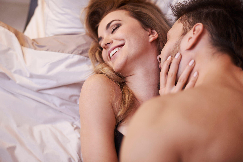 Polvos analgésicos / Sexo con Esther