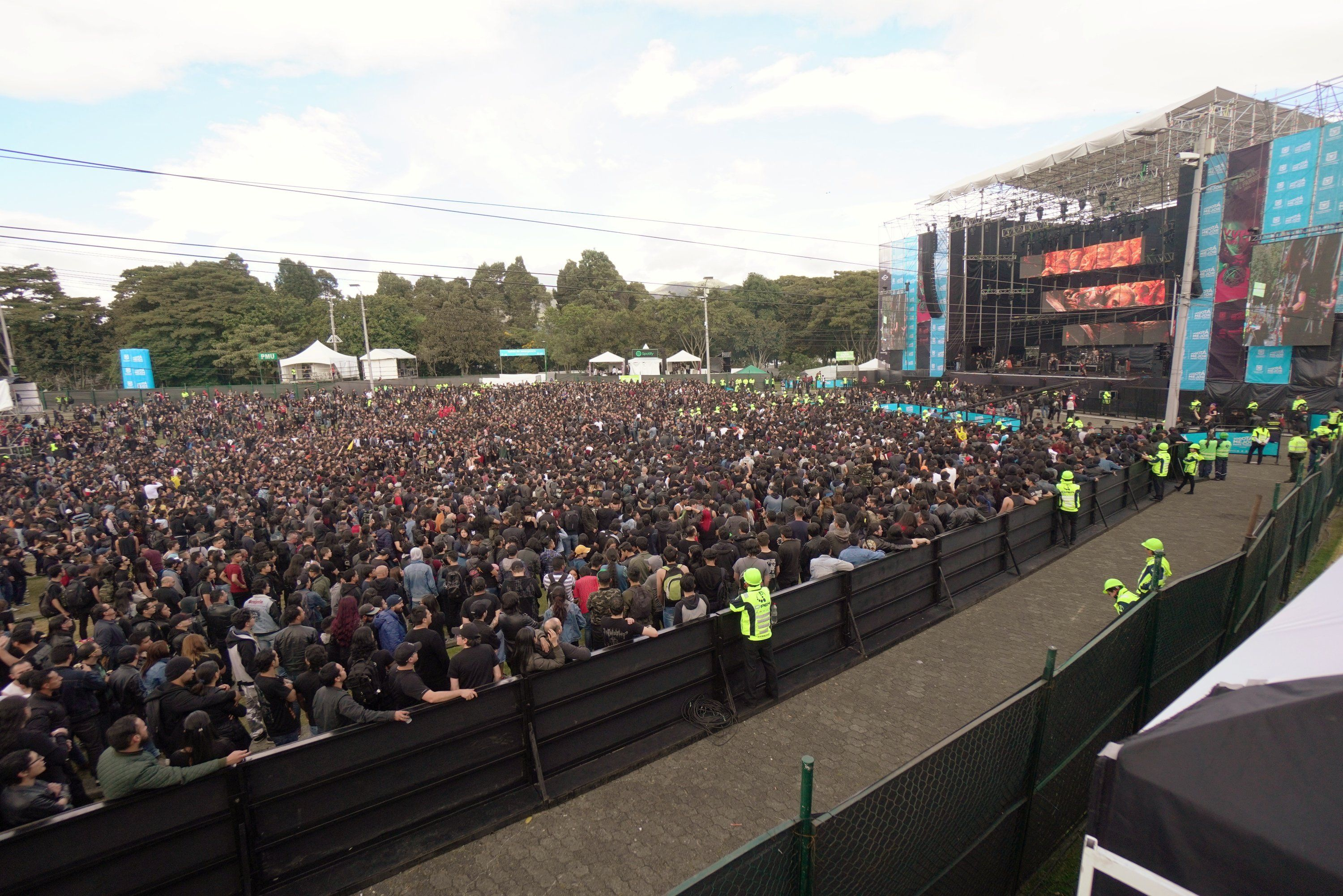 First Day Of Rock Park In Simon Bolivar Park In Bogota Music And Books Culture