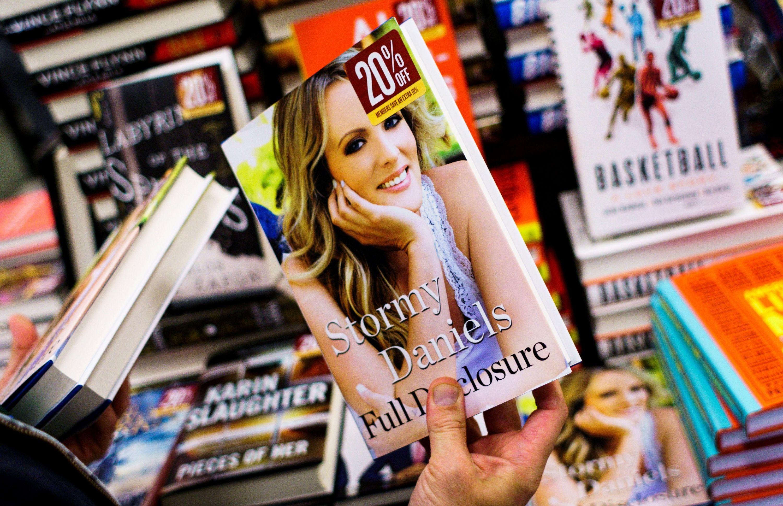 Stormy Daniels Revela Detalles De La Relacion Sexual Con Trump