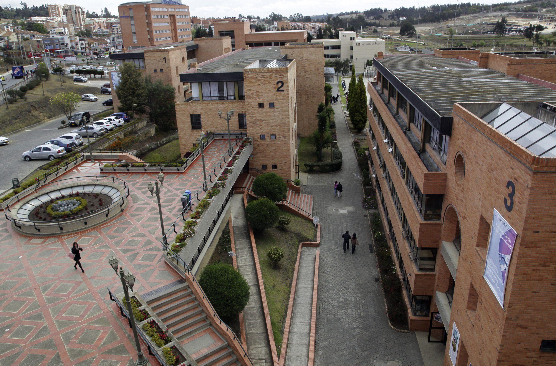 Manuel Elkin Patarroyo dictará un doctorado a docentes de la Uniboyacá