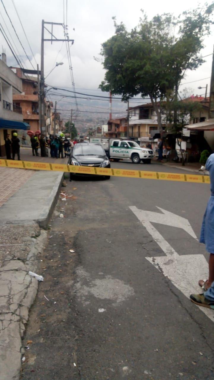 Investigan homicidio de una pareja en frente de sus hijos, en Medellín