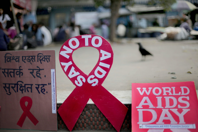 La batalla de las personas que enfrentan discriminación por el VIH