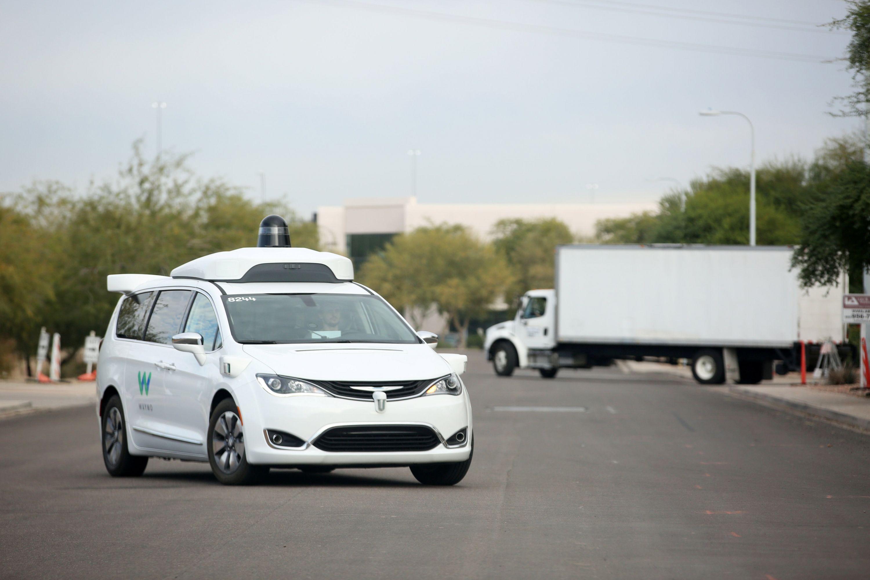 Waymo llega a Arizona con sus vehículos autónomos