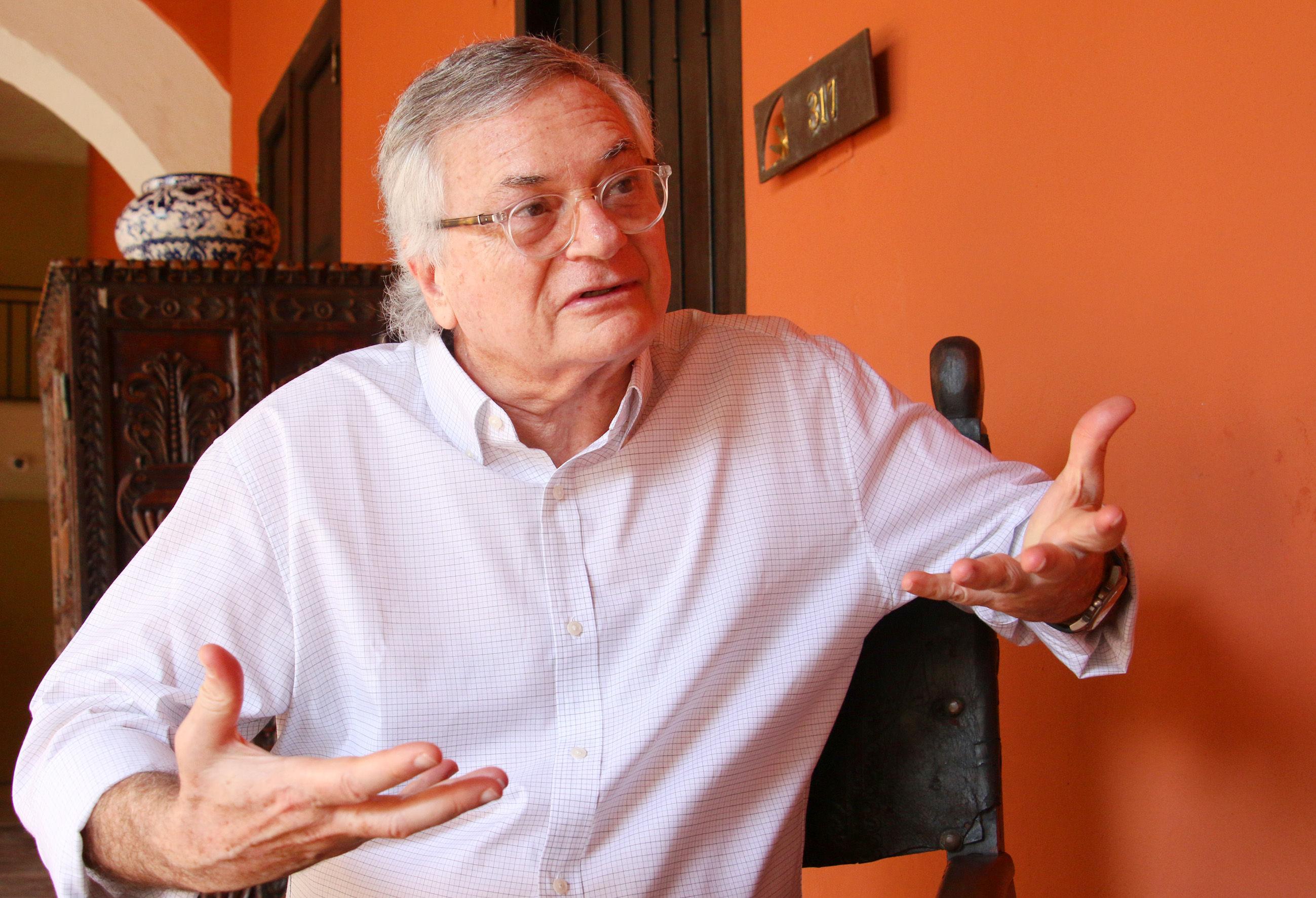 Entrevista con Moisés Naim, habla del actual momento que se vive en  Venezuela - Venezuela - Internacional - ELTIEMPO.COM