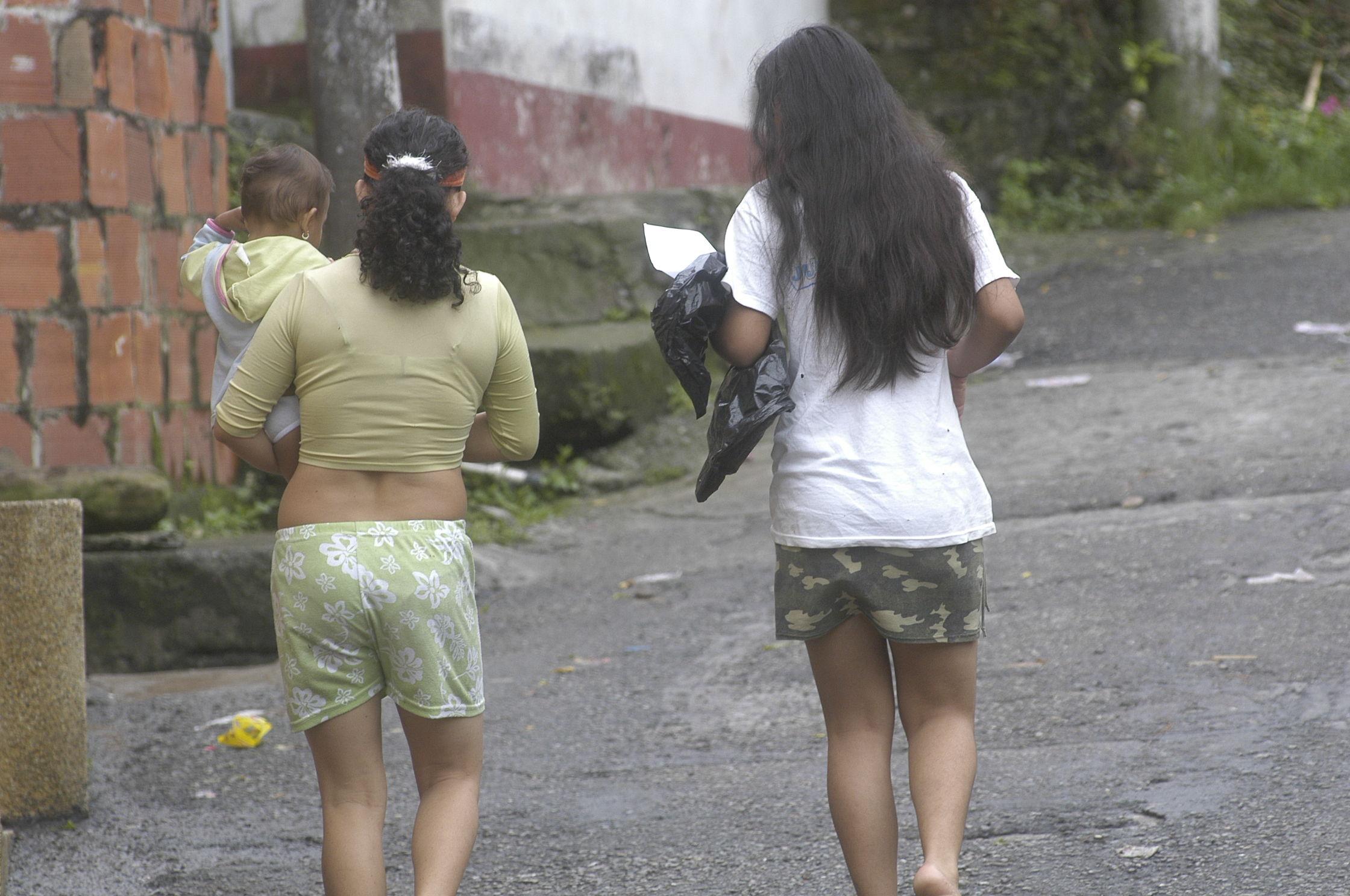 cuanto debe peso una niña de 11 años en colombia
