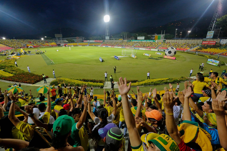 Un Hincha Del Bucarmanga Cayo Al Vacio Y Murio Futbol Colombiano Deportes Eltiempo Com