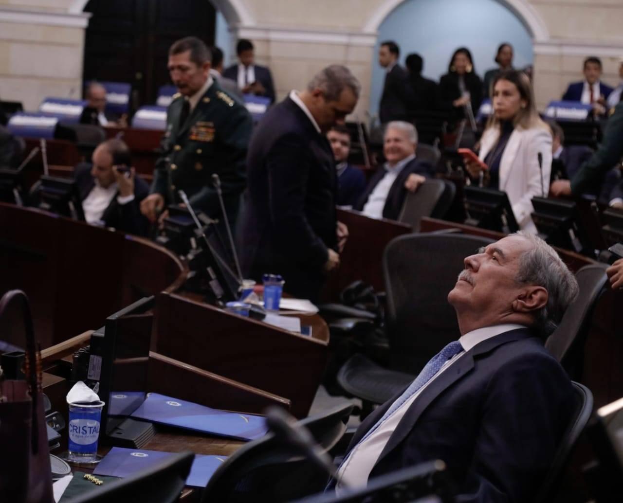 Ministro de Defensa Guillermo Botero en vivo siga el debate de Moción de  Censura - Congreso - Política - ELTIEMPO.COM