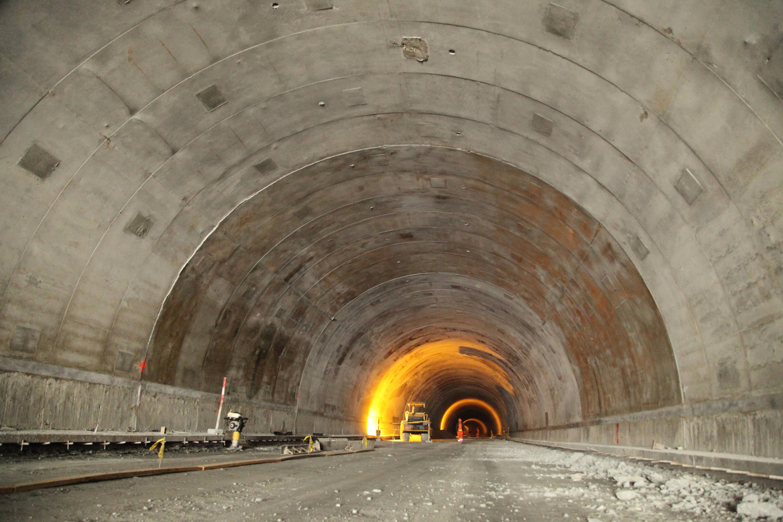 Así luce el Túnel de La Línea a pocos meses de su inauguración ...