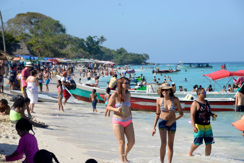 Playa Blanca En Cartagena Sera Cerrada Durante Dos Semanas Otras