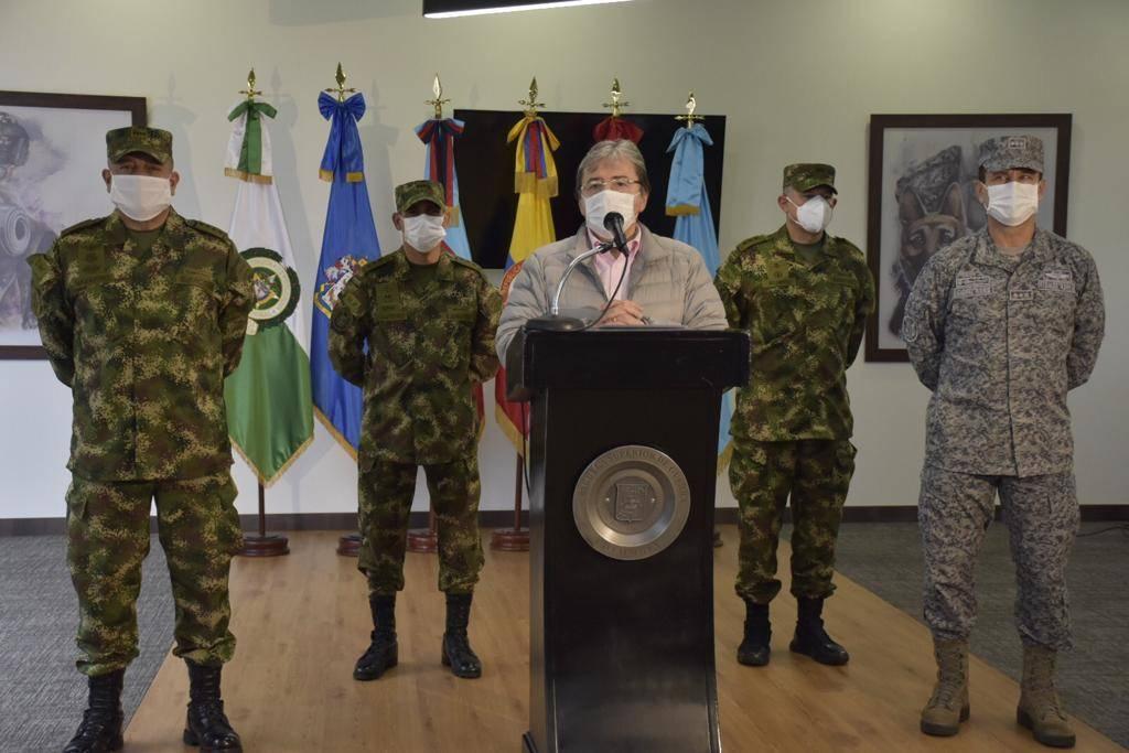 Las denuncias tras la salida de un general y 10 oficiales del ...