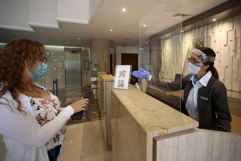 Protocolos de bioseguridad en los hoteles del Colombia para ...